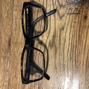 Women's Burberry glasses